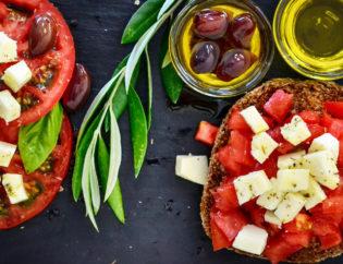 Consumatori italiani cibocentrici ma anche attenti all'innovazione tecnologica